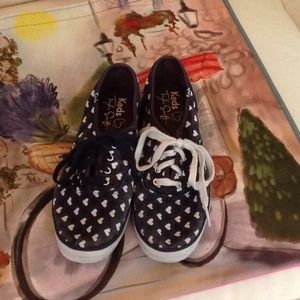 EWC💋TAYLOR SWIFT KEDS. BLUE WITH WHITE HEARTS.💙